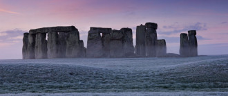 Visit Stonehenge and Avebury