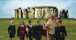 Stonehenge learning (c) EH